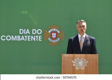 BATALHA-APRIL 10:President of the Portuguese Republic,Cavaco Silva,participated the Commemoration Day of Fighting-92 th Anniversary of the Battle of La Lys in April 10,2010 in Batalha,in Portugal