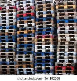 Batch of wooden colourful pallets