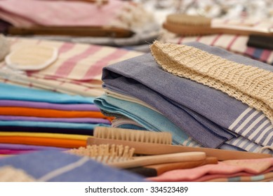 bath accessories, towels, brushes