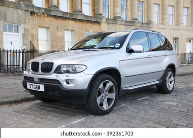 BATH, UK - JUL 26, 2010: View of a BMW X5 3.0i parked on the landmark Royal Crescent. The X5 is a mid-sized luxury SUV manufactured by BMW from 1999 to the present day.