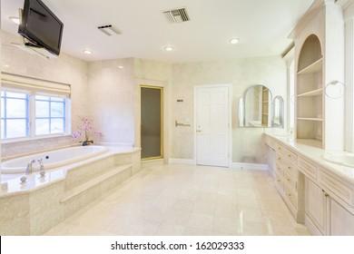 Bathroom with bath tub in a luxury house
