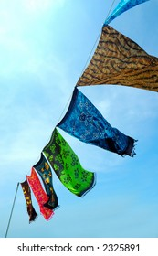 Batik, hand-dyeing clothes, is traditional handicraft in tropical country like Malaysia and Hawaii.
