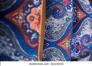 Batik Pattern / Middle Batik Pattern / Ornaments of Batik / Middle Sharp Batik / Colorful Batik / Malaysian Batik /