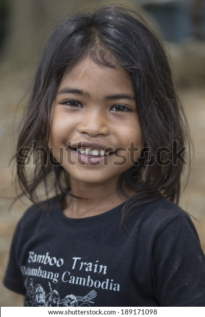 Escort girls Battambang