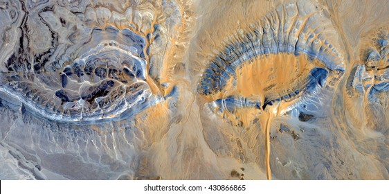 battered Women,abstract photography of the, deserts of Africa from the air,aerial view, abstract expressionism, contemporary photographic art, abstract naturalism,