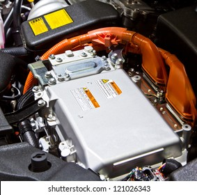 Battery and hybrid Engine