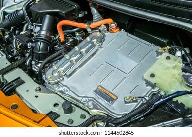 Battery of hybrid engine car