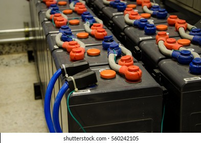 Battery storage for backup office 25 Kilowatts