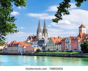 the bavarian city of regensburg in der oberpfalz