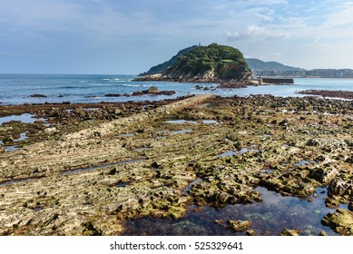 Bay of Donostia-San Sebastian at low tide, Basque Country (Spain)