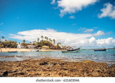 bay of Praia do Forte in Brasil with fishing boats