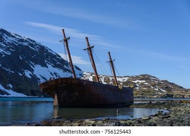 Bayard wreck in Ocean harbour on South Georgia