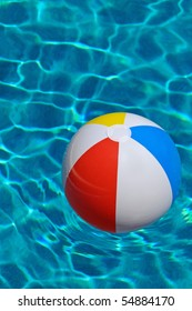 beach-ball-floating-swimming-pool-260nw-