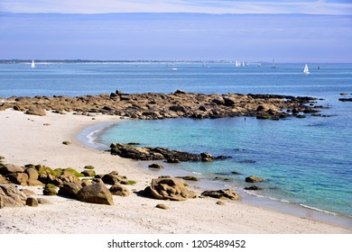 Beach of Beg Meil, a French peninsula, surrounded to the east by the bay of La Forêt and to the south by the Atlantic Ocean, of the commune of Fouesnant-Les Glénan in France