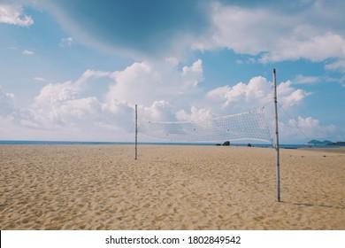 beach golden sand volleyball parkour