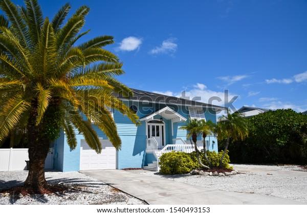 beach-house-painted-blue-white-600w-1540
