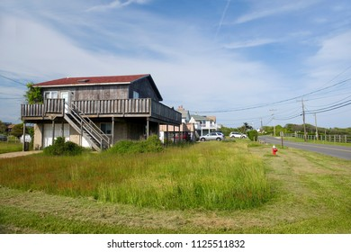 beach houses Ditch Plains Road Montauk Hamptons New York