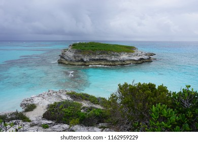 Beach and island at Eleuthera, Bahamas