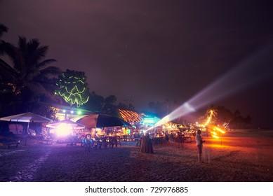 beach restaurants on the beach at night