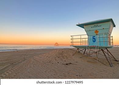 Beach sunrise at Huntington Beach