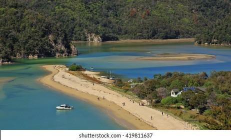 Beach in the Torrent Bay. Abel Tasman National Park, New Zealand.