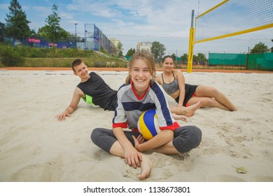 Beach volleyball amateur players