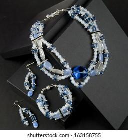 Beaded jewellery set