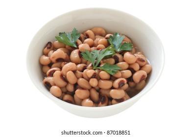 beans in an white bowl