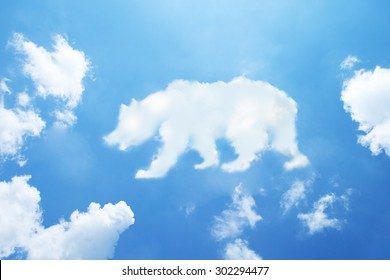 bear cloud shape on sky.
