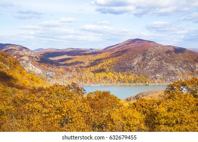 Bear Mountains in autumn. Rockland County, New York,