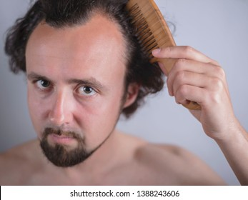 Imagenes Fotos De Stock Y Vectores Sobre Man Combing Hair