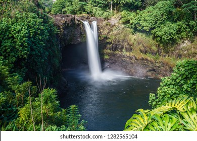 Beaufiful Rainbow Falls near Hilo, Big Island, Hawaii