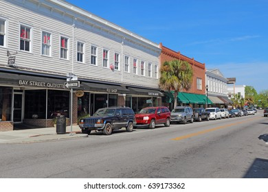 BEAUFORT, SOUTH CAROLINA - APRIL 16 2017: Businesses on Bay Street near the waterfront in the historic district of downtown Beaufort, the second-oldest city in South Carolina.