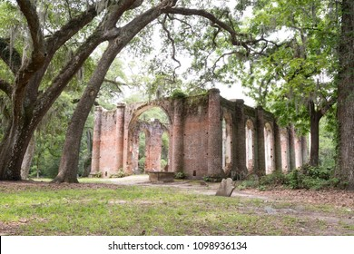Beaufort, South Carolina / USA - May 2017: The Old Sheldon Church Ruins is a historic site located in northern Beaufort County, South Carolina, approximately 17 miles north of Beaufort, SC.