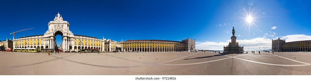 Beautiful 360 degree panorama of the Commerce Square in Lisbon