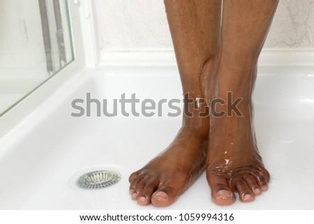 dark skin feet