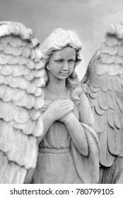 beautiful angel statues praying