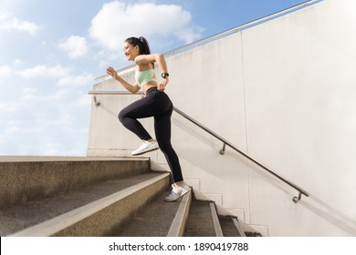 Beautiful asian woman outdoor exercise She un up the stairs