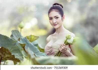 lotus thaimassage internet dating