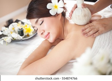 Beautiful asian woman relax with spa aroma therapy service