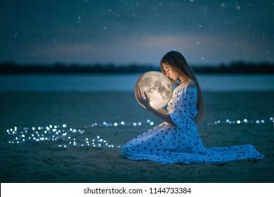 Girl Moon Images Stock Photos Vectors Shutterstock