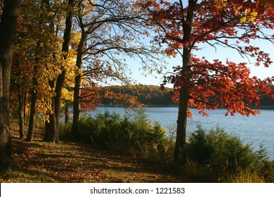 Beautiful autumn evening on Tablerock Lake in the Ozarks of southern Missouri.