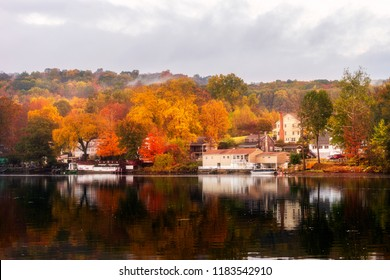 A beautiful Autumn morning in Shelton, Connecticut, USA.