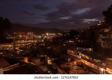 beautiful background lights of a Caracas neighborhood