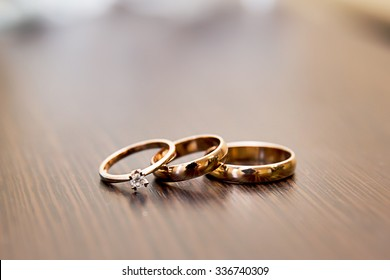 Beautiful background with wedding rings hd