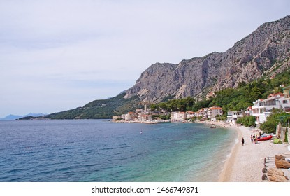 The beautiful beach in Drasnice in southern Dalmatia, Croatia, located between Makarska and Podgora and next to the Biokovo mountains