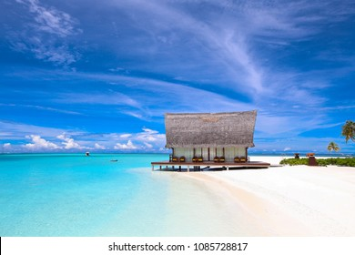 Beautiful beach front chapel in luxury resort Maldives