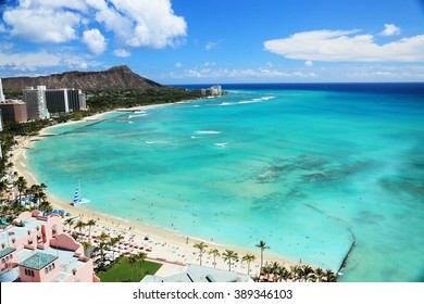 Beautiful beach of Waikiki, Hawaii