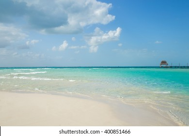 Beautiful beach with water bungalows, Isla Mujeres, Mexico