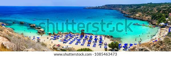Schöne Strände der Insel Zypern - Konnos Bay im Naturpark Cape Greko